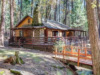 Charming House with Television and DVD Player - Yosemite National Park vacation rentals