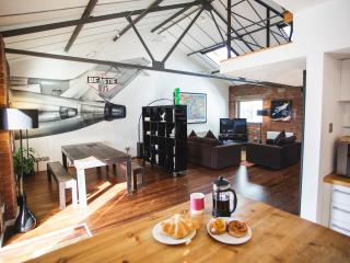 """Incredible"" 2 Bed, New York Style Loft Apartment - Bristol vacation rentals"