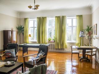 Villa Stenhuset, semester- och företagsboende - Torpshammar vacation rentals