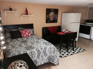 1 bedroom Villa with Internet Access in San Antonio - San Antonio vacation rentals