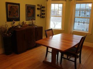 Spacious 3 bedroom near everything - Boston vacation rentals