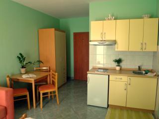 Cosy (2+1) studio, island Hvar - Sucuraj vacation rentals