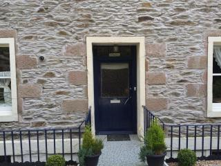 Stunning Ground Floor 2 Bed  Apt Partial seaviews - Rothesay vacation rentals