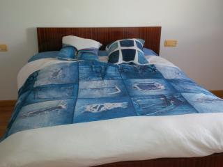 Nice Condo with Internet Access and Mountain Views - Ponferrada vacation rentals