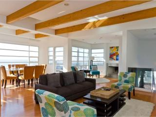Perfect Villa with A/C and Television - Manhattan Beach vacation rentals