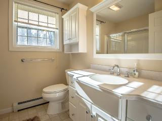 Like New!! 4 Bedrooms, Finished Basement, HotTub - North Conway vacation rentals