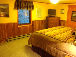 Yellowstone Wildlife Cabins - Moose Cabin - Deluxe - West Yellowstone vacation rentals