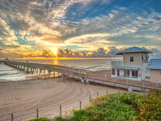 Oceanside Villa Steps to the Beach - West Palm Beach vacation rentals