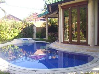 KING VILLA 3 bedrooms Private villa - 9 - Sanur vacation rentals