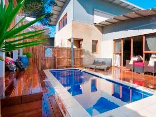 King Tide Townhouse - Pool + WIFI + Satellite TV - Ocean Grove vacation rentals