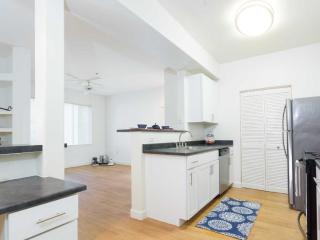 Lovely and Great Apartment in Fremont - 3 Bedrooms, 3 Bathrooms - Fremont vacation rentals