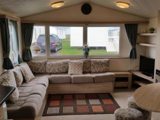 3 bedroom Caravan/mobile home with House Swap Allowed in Great Yarmouth - Great Yarmouth vacation rentals