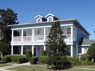 Comfortable House with Internet Access and Dishwasher - Reunion vacation rentals