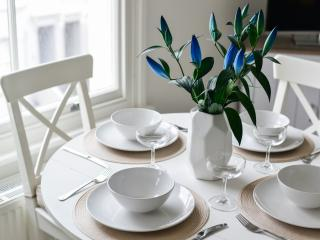 Central Location Seafront 5 mins! - Hove vacation rentals
