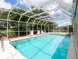 Executive 2 Bed 3 Bath Pool Home near Siesta Key - Sarasota vacation rentals