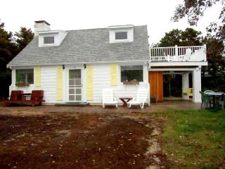 Charming Cottage with Balcony Views - Wellfleet vacation rentals