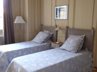L'annexe-apparthôtel du 11A, côté ville. - Besançon vacation rentals