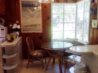 Classic Ranch Style Home in A Cul-de-Sac - 3 Bedrooms, 2 Bath - Walnut Creek vacation rentals