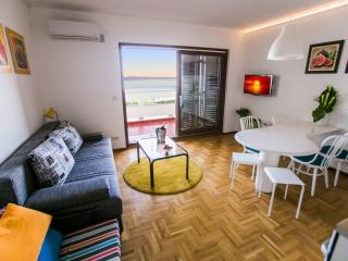 Quiet apartment 5 minutes from the beach - Split vacation rentals