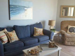 AUG 20-27   1095- including tax!! ST. REGIS RESORT - North Topsail Beach vacation rentals