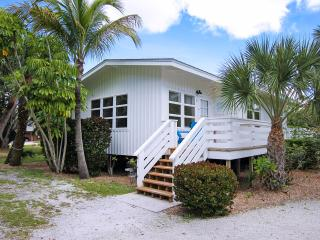 Charming Cottage on Sanibel Island at Colony Inn - Sanibel Island vacation rentals