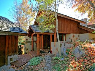 Perfect 4 bedroom Sundance House with Internet Access - Sundance vacation rentals