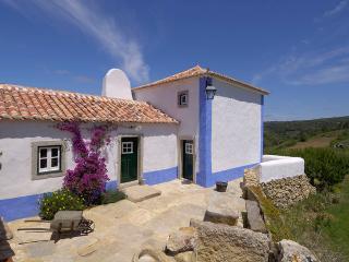 Aldeia da Mata Pequena (6 persons) - Mafra vacation rentals