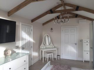 The Tackle Shed Escape In Barry - Cardiff vacation rentals