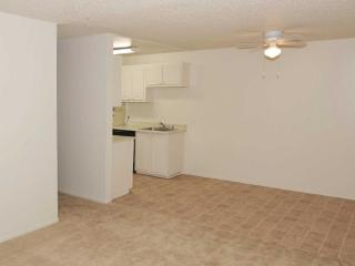 1 bedroom Apartment with Internet Access in Union City - Union City vacation rentals