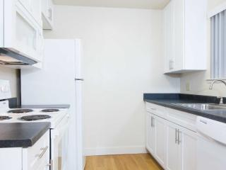 1 bedroom Condo with Internet Access in Union City - Union City vacation rentals