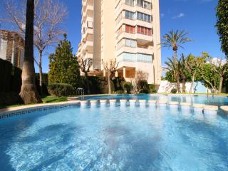 Cozy Condo with Washing Machine and Shared Outdoor Pool - Calpe vacation rentals