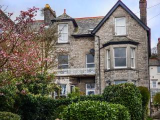 1 FLAXFORD HOUSE, apartment, ground floor, pet-friendly, garden, WiFi, in Grange-over-Sands, Ref 930420 - Grange-over-Sands vacation rentals