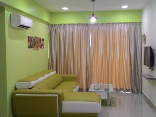 Adorable 2 bedroom Vacation Rental in Ipoh - Ipoh vacation rentals