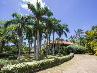Beautiful and Luxury villa in Caribe - La Romana vacation rentals