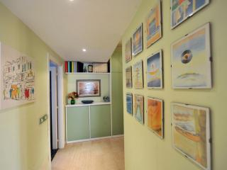 MIMLNF019 Brunelleschi Design Apartment - Province of Milan vacation rentals