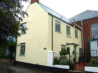 2 Bedroom Holiday Cottage in Stogumber, Somerset - Stogumber vacation rentals
