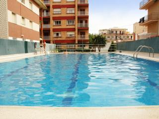 Nice 2 bedroom Segur de Calafell Apartment with Internet Access - Segur de Calafell vacation rentals