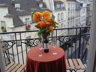 Traditional French Elegance in 1 Bedroom Apartment - Paris vacation rentals
