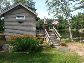 On Beals Pond-Canoe- 2.6 miles to Boothbay Harbor - Southport vacation rentals