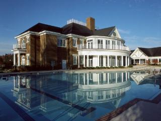 Williamsburg Plantation: 4-Br / 4 Ba, Sleeps 12 - Williamsburg vacation rentals