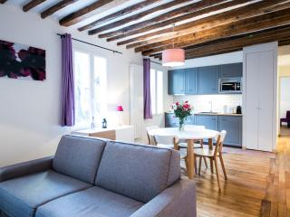 Into Paris Montparnasse apartment III - Paris vacation rentals