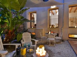 Palma Old town historical apartment with patio - Palma de Mallorca vacation rentals