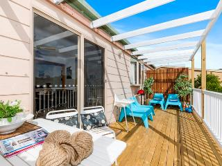 Pet & Child Friendly Home Opposite Beach  Free Wif - Ocean Grove vacation rentals