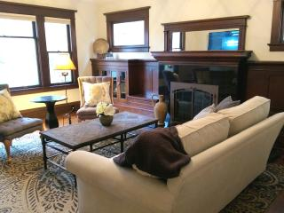 New!! Park Place: A Historic Home in Downtown Mac - McMinnville vacation rentals