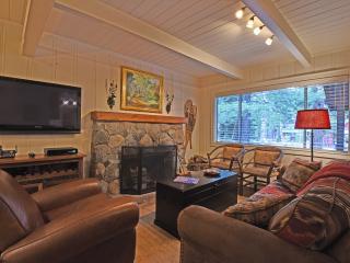 Cozy 2 bedroom Tahoma House with Internet Access - Tahoma vacation rentals