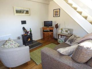 STABLE'S END COTTAGE, pet-friendly, stabling available, romantic cottage in Kilnsey, Ref. 905333 - Kilnsey vacation rentals