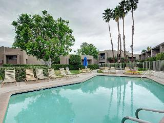 Recently remodeled, sunny condo with shared hot tub & pool! - Palm Desert vacation rentals