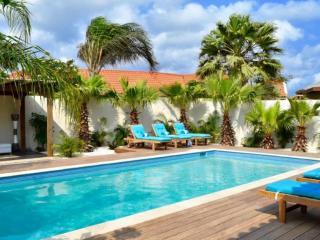 Perfect Eagle Beach Villa rental with Internet Access - Eagle Beach vacation rentals