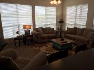 Lovely Spacious 4 BR 3.5 BA Townhouse Water Views - Horseshoe Bay vacation rentals