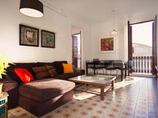 LUXURY PALACE, BORN! 5 mins walk Ramblas&Beach! - Barcelona vacation rentals